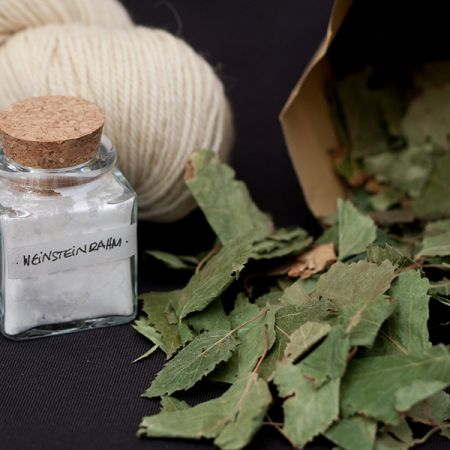 Hey Mama Wolf: Natural Dye Kit WO1 - Birch Leaves