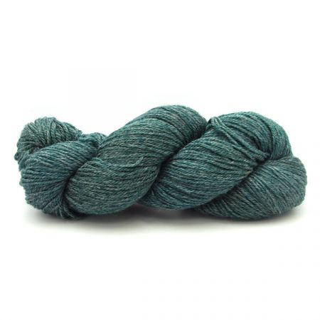 Hey Mama Wolf: Sockyarn #04 – Hollyhock Dark