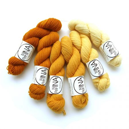 Ninapetrina: Tynn Norwegian Lambs Wool Gradient – Gold