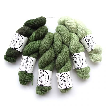 Ninapetrina: Tynn Norwegian Lambs Wool Gradient – Nordic Pine