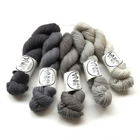 Ninapetrina: Tynn Rosy Merino Gradient – Grey