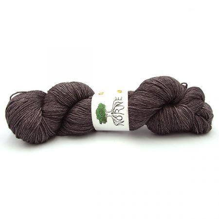 Norne Yarn: BFL / Silk / Cashmere Fingering - Feigdfugl