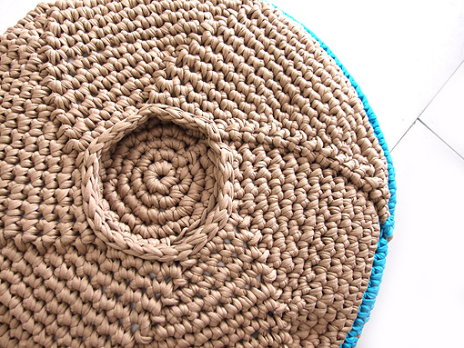 Maya's Pouf with opening