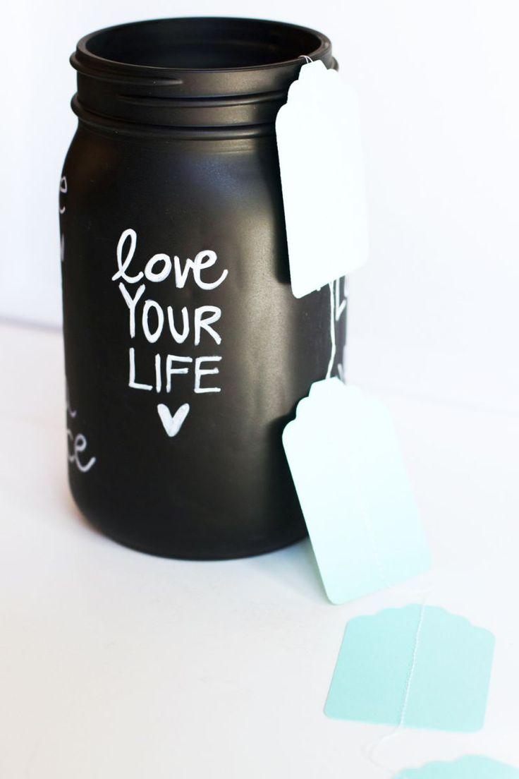5 Ways to Color Mason Jars - via Lilyshop Blog
