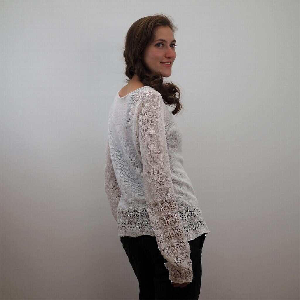 78faed09 Fiore di Lino by Regina Moessmer is a simple summer top with the added  flair of lacey details around hem and cuffs. Worked seamlessly from the top  down you ...