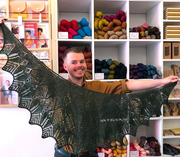 What George Knits – Tuva's Arrows by Julie Knits in Paris